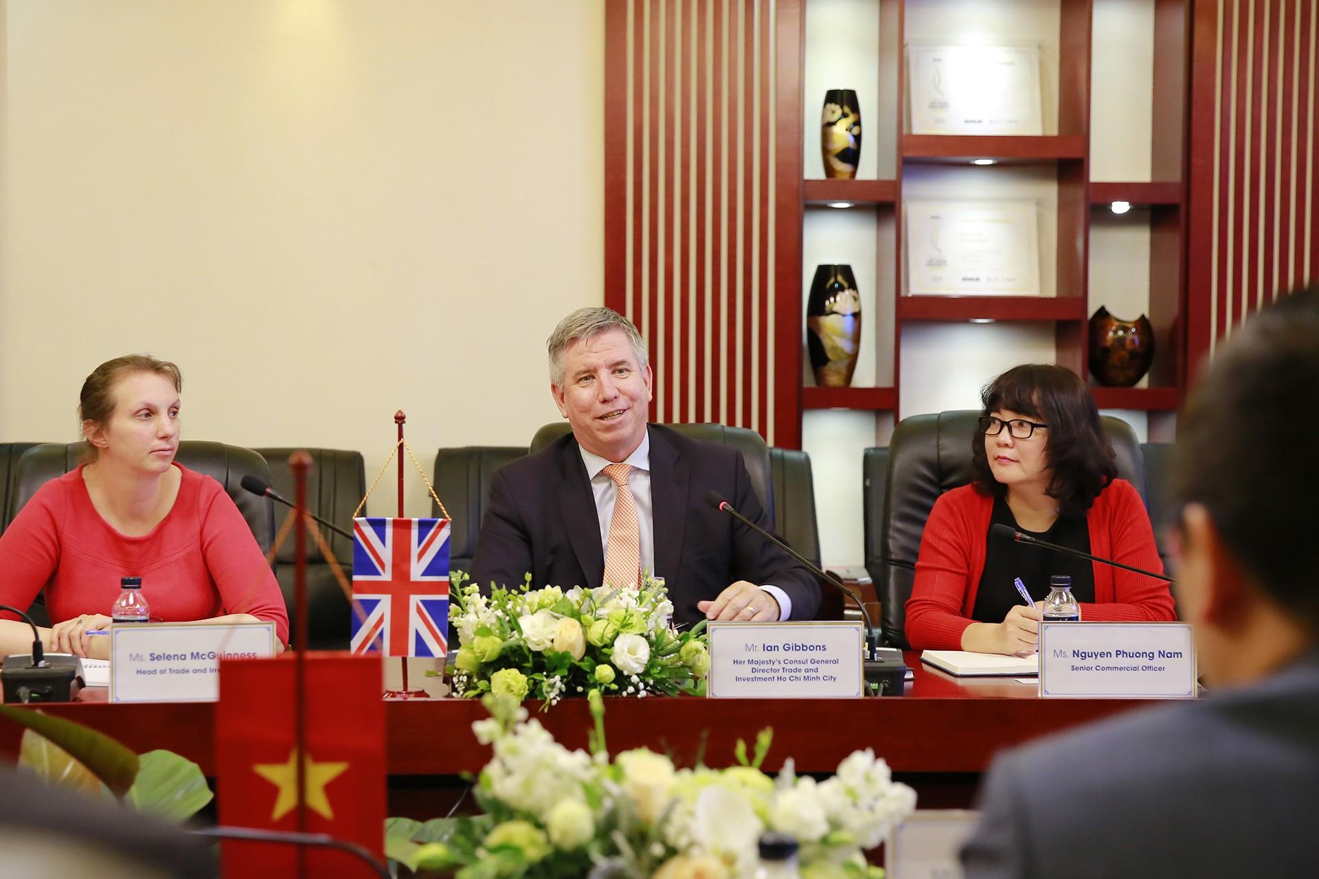 Tổng lãnh sứ quán Anh tại TP Hồ Chí Minh