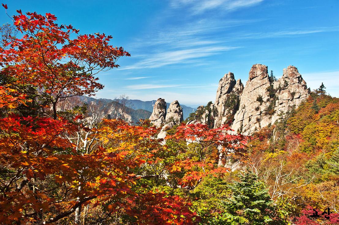 Vườn quốc gia Seoraksan Hàn Quốc mùa thu mới