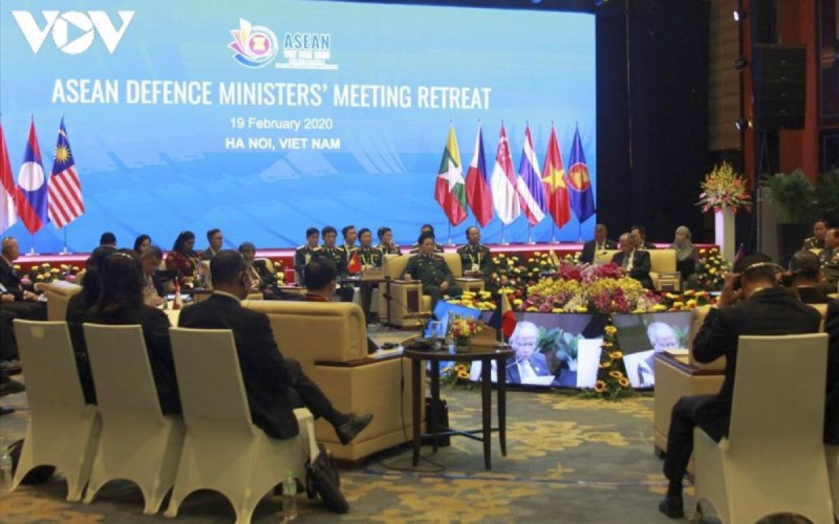 Phiên dịch hội nghị quốc tế